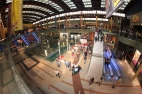 Imagen de cómo estaba el Centro Comercial en pleno acto de inauguración